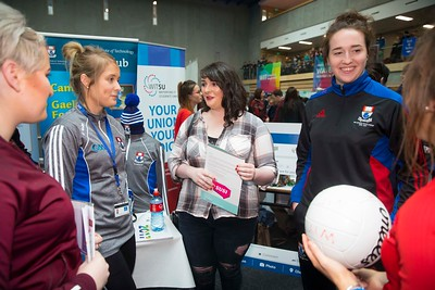 20/01/2017.  Waterford Institute of Technology (WIT) open day at WIT Arena. Pictured are Tegan Hurley Dunmanway, Cork, Katie Redmond WIT, Marie McCarthy, Dunmanway, Cork and Denise Gaule WIT. Picture: Patrick Browne