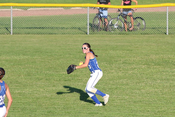 WL softball at G-LR/CL 6-27-18