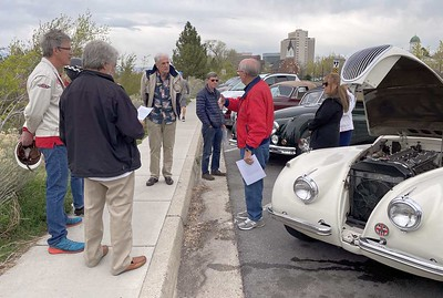 The rendezvous was in the parking strip east of the Utah State Capitol. Here is trip leader Ken Borg giving directions.