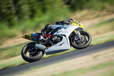 2014-09-27 Rider Gallery: 930