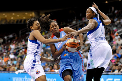 WNBA 2013 - The Atlanta Dream visit the New York Liberty