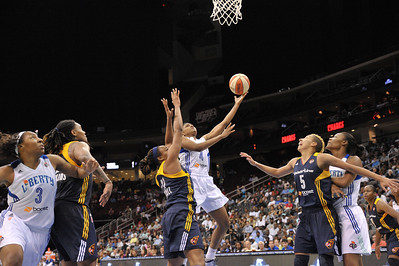 WNBA 2013 - The Indiana Fever visit the New York Liberty