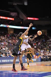 WNBA 2013 - The Tulsa Shock visit the New York Liberty