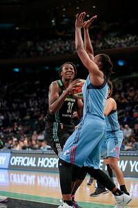 WNBA 2016 - The Atlanta Dream Visit the New York Liberty