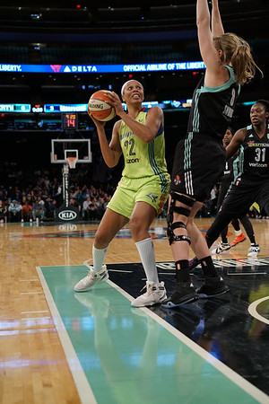 WNBA 2016 - The Dallas Wings Visit the New York Liberty