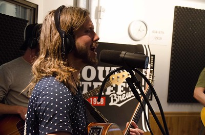 Moon Taxi at WNRN Studio