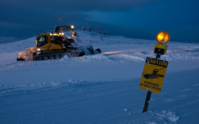 The warning beacon in place to warn snow-mobile traffic and others that there is a tensioned winch cable stretched out ahead.<br /> <br /> Lens used: 24-105mm f4.0 IS