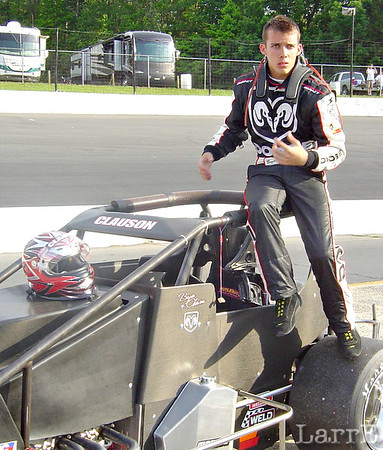 Bryan Clauson from Nobelsville Indiana drives the Keith Kunz # 67 midget