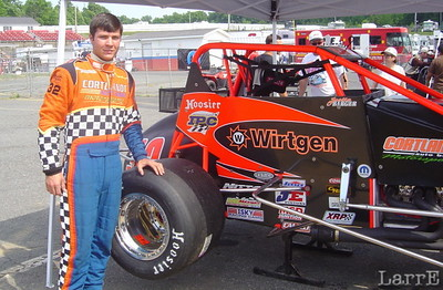 Justin Barger from Montrose New York, with the #32 sprintcar