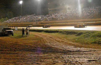 a good crowd at 311 Speedway in Madison, NC