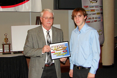 the Heintz Hard Charger award is given by STEVE HEINTZ to CRAIG SHUFFIELD