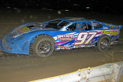 VIDEO -- #97 won the Adam Norris won the super street race