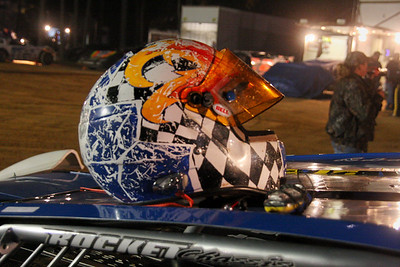 "Kerry King really ""uses"" his helmet"
