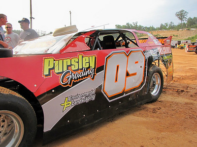 #09 Johnny Pursley