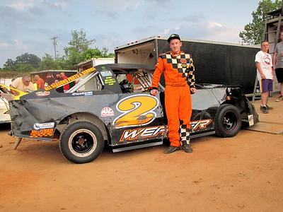 #2 Bradley Weaver wins a lot in 4 cylinder