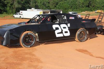 Matt Hope  #28H  in SECA Thunder Sportman class (crate stock car)