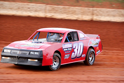 Keven Blackwell drove # 30 to 6th place in the Thunder Sportsman race