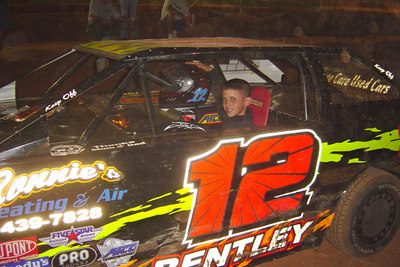Yes, he's the 11 year old driver ...Blake Bentley.