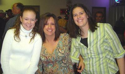 again and Chris Ferguson's mom and Amanda Beaver