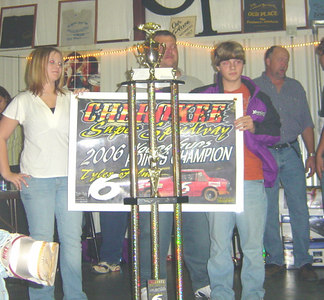 Tyler Felmet and his 1st place trophy for young guns class