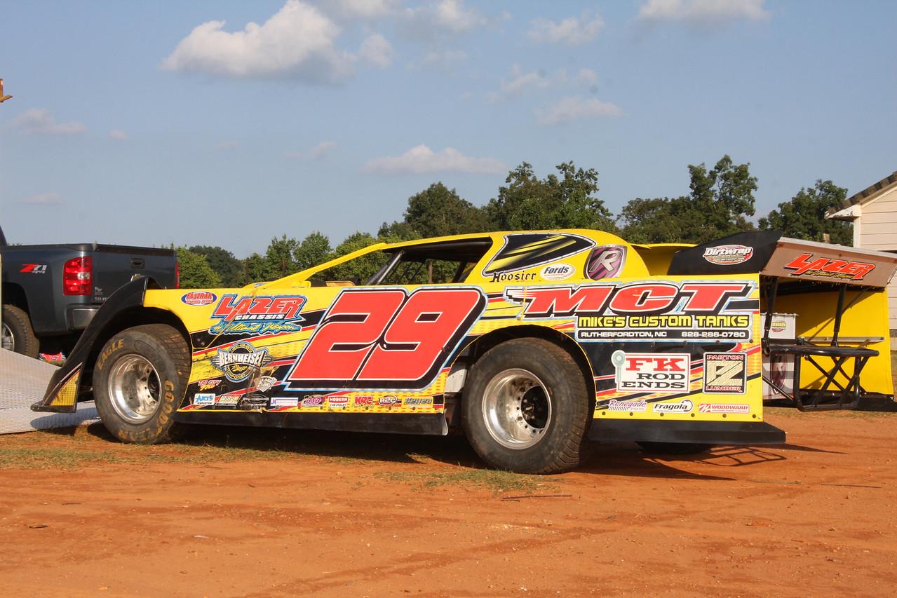 Steve Hendren's car will be driven by Ricky Weeks tonight.