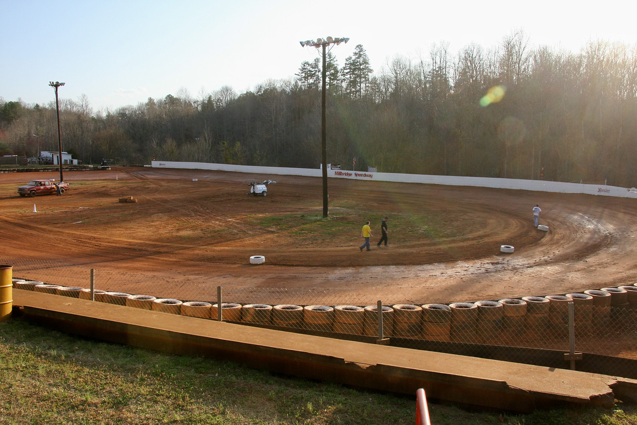 If you want a fun evening at the track, they run EVERY OTHER WEDNESDAY through the summer. Next race... MARCH 28th