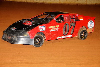 "4 cylinder winner #07 Jeff ""Squirt"" McGuirt"