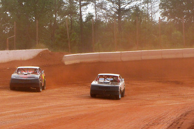 red dirt Saturday night in the Carolinas
