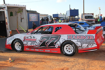 """Brent """"the Kid"""" Hodges runs the #77"""
