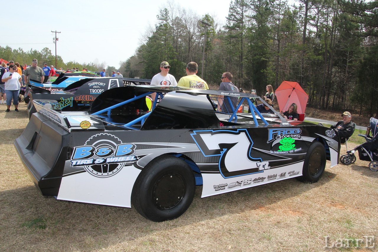 #7 Brent Hodges and the Frog race team
