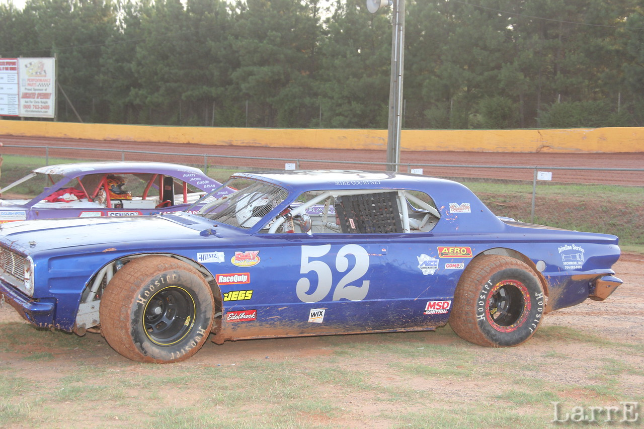 Mike Courtney #52 Vintage