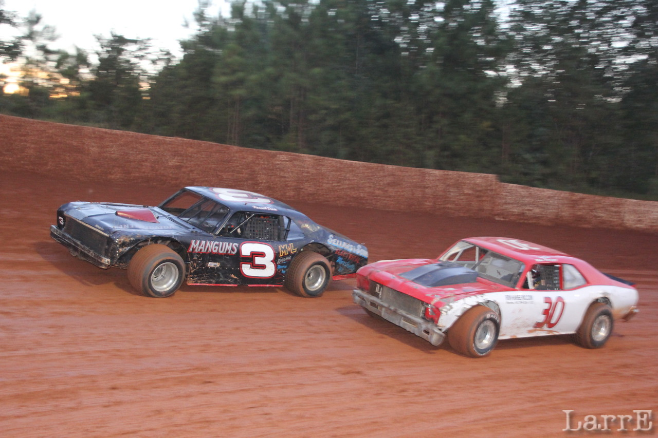 Kenneth Deese and #30 Mike Harrington