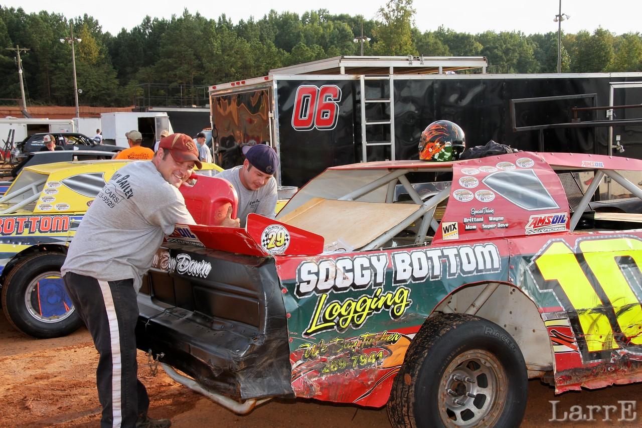 Steve Hinson feeding the Soggy Bottom car.