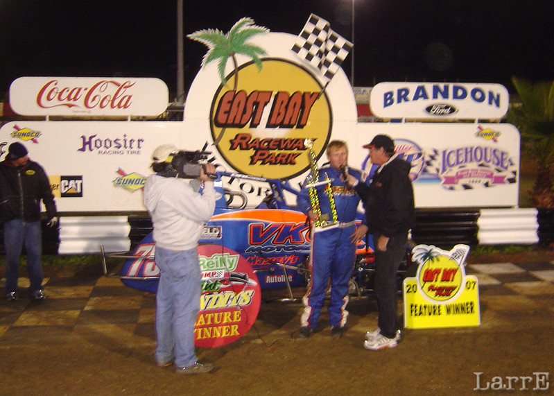 Jesse Hockett interviewd in Victory Lane after winni9ng the non wing feature event.