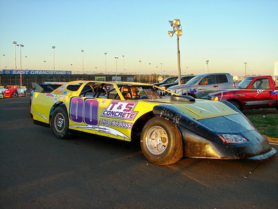 more WoO late models at Lowes Oct 30, 2008