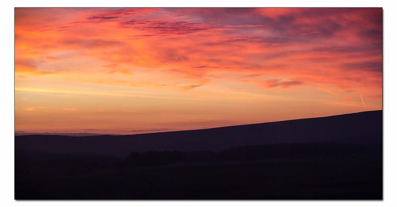 WK3  CARLECOTES SUNRISE  A week of beautiful sunrises .....