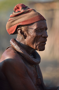 The chief of the village. He was born in 1925 !