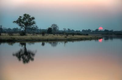 """Sunset, Coucher de soleil - Location 18°10'41"""" S 23°27'3"""" E"""