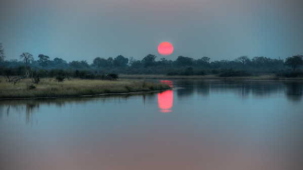 """Sunset, Coucher de soleil - Location 18°10'42"""" S 23°27'3"""" E"""