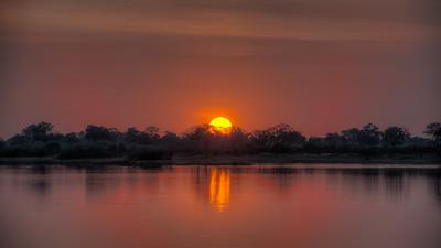 """Sunset, Coucher de soleil - Location 18°10'36"""" S 23°27'5"""" E"""