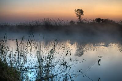 """Sunrise, Lever de soleil - Location 17°52'35"""" S 23°18'55"""" E"""