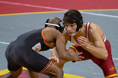 Image from Wartburg - Iowa State wrestling meet at Hilton Coliseum in Ames, Iowa on January 3, 2021 . Photos © Wesley Winterink.