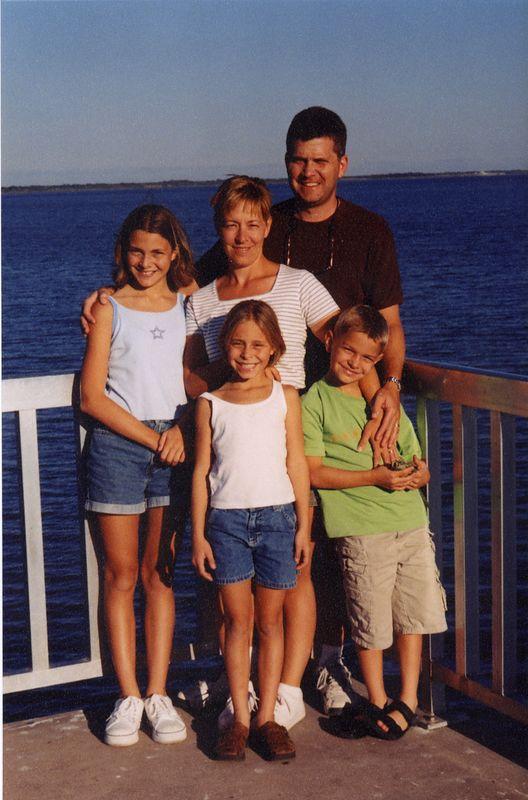 Julie Wiegand (Kane), husband Jim, daughter, Jacqui, and twins, Austin & Chelsea - taken at Lake Okeechobee, FL