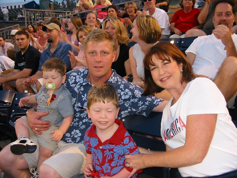 Jackie Brown Weisenberger & family at Durham Bulls game; Memorial Day 2004