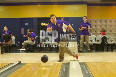 091013_WSHS_Bowling_Team_1099