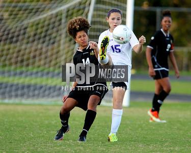 121313 Girls Varsity Soccer1189