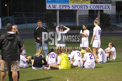 121313 Girls Varsity Soccer1056