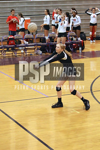 091813_Lake Mary_at_WSHS_Girls_ Volleyball_1587seqn}