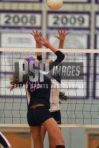 091813_Lake Mary_at_WSHS_Girls_ Volleyball_1784seqn}
