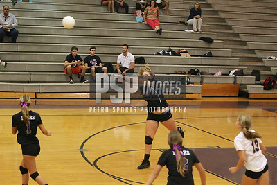 091813_Lake Mary_at_WSHS_Girls_ Volleyball_1361seqn}